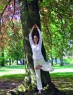 Yoga im Sommer: Baum Meditation