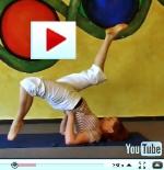 Übung des Monats: Vom Schulterstand zur Brücke