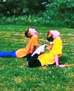 Spendenaufruf – der Kinderspielplatz in Bad Meinberg erwacht im Frühling!