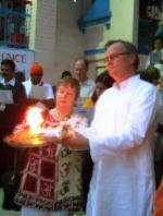 Sukadev und Shivakami zurück aus Indien