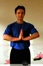 Übung des Monats: Entspannendes und energetisierendes Stehen