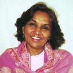Dr. Nalini Sahay bei Yoga Vidya