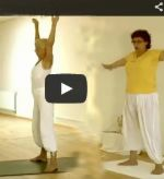 Neues Video: Hormonyogastunde für Frauen - mit Amba und Shivapriya