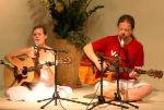 Tumi Baja Re Mana mit The Love Keys - mp3 Audio zum Download