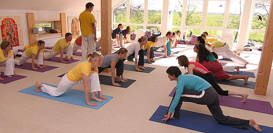 Yoga Im Yoga Vidya Nordsee Offene Yogastunden