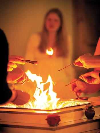 Indische Rituale Ausbildung - Live Online