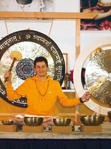 Asana meditativ mit Klangschalen