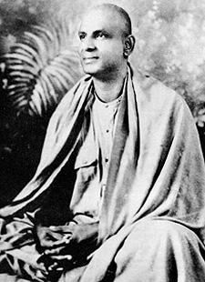 Yogi Bhajan meets Sivananda