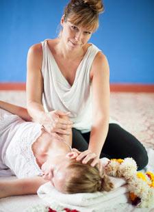 Ayuryoga Massage Ausbildung