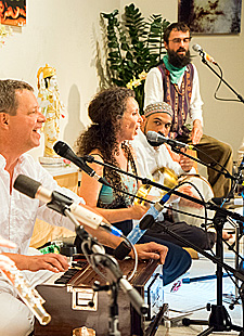Mantra-Konzert mit Hagit Noam
