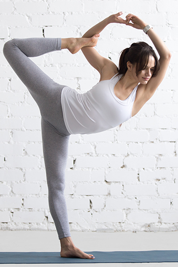 Wie unterrichte ich fließende Yogastile - Yogalehrer Weiterbildung online