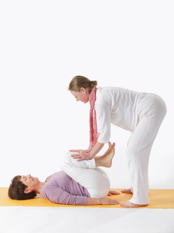 Yoga für Hüfte und Beckenschiefstand - Live Online