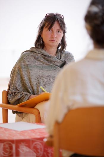 Yogatherapie bei psychosomatischen Störungen - Live Online