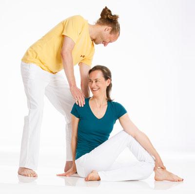 yoga im yoga vidya stadtcentrum augsburg start. Black Bedroom Furniture Sets. Home Design Ideas